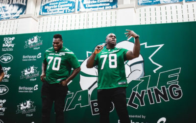 NY Jet Jonotthan Harrison encourages students to tackle bullying